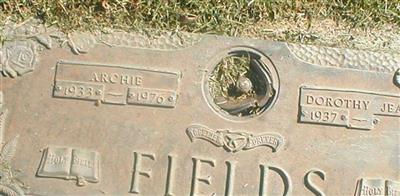 Archie Fields