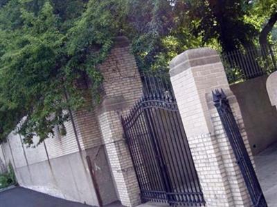 Edgewater Cemetery