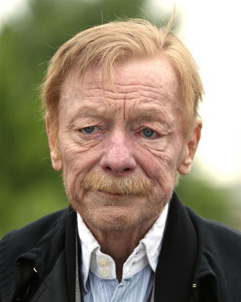 6bf4bd5fd1f Otto Sander †72 (1941 - 2013) Online memorial [en]