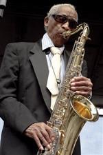 Earle Lavon Freeman Sr. (Von Freeman)