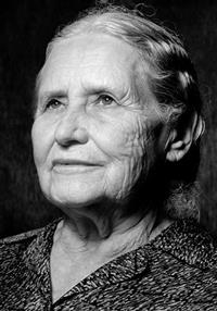 Doris May Lessing