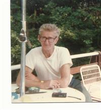 Lloyd B Horton
