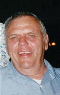 Robert L Kienietz