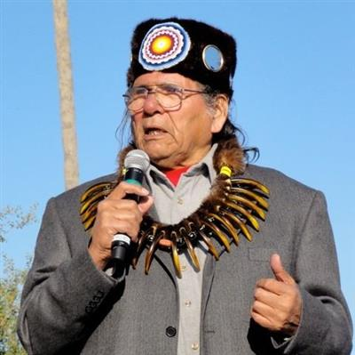 Dennis Banks on Sysoon