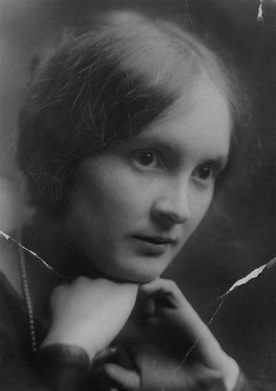 Helen M Alcott