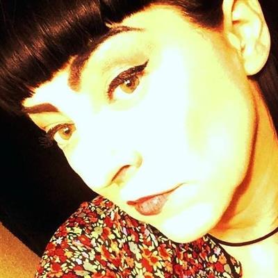 Julie Anne Yadinck - Julicidal on Sysoon