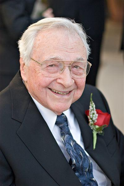 Robert C Strubhar